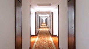 hotel-corridor